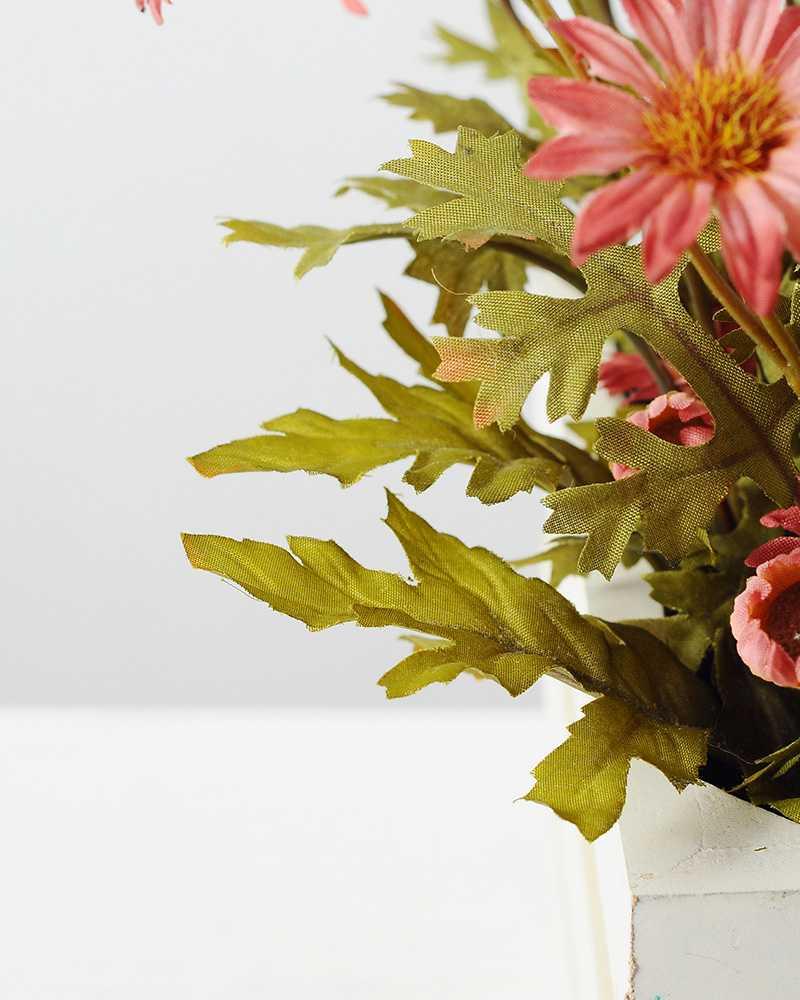 22cm daisy with wood planter silk flower arrangement artificial 22cm daisy with wood planter silk flower arrangement dhlflorist Gallery